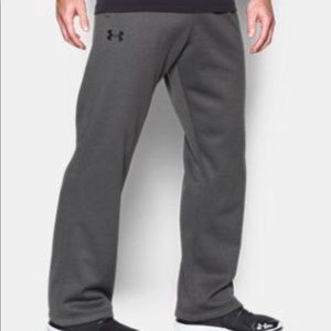 UNDER ARMOUR LOOSE SWEATS SIZE XL